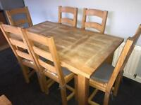 Dining/ kitchen table