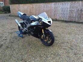 2004 Kawasaki zx6r b1h track / race bike, quickshifter, power commander.