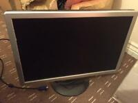 """19"""" FULLY WORKING MONITOR VGA GREAT CONDITION"""