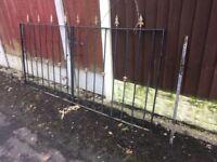 Set Of Wrought Iron / Metal Arrow Head Driveway Gates