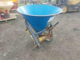 Tractor pto driven Wessex fs300 fertiliser spreader