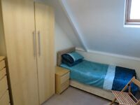 Lovely Single Attic Room in Quiet Professional House Inc Most Bills