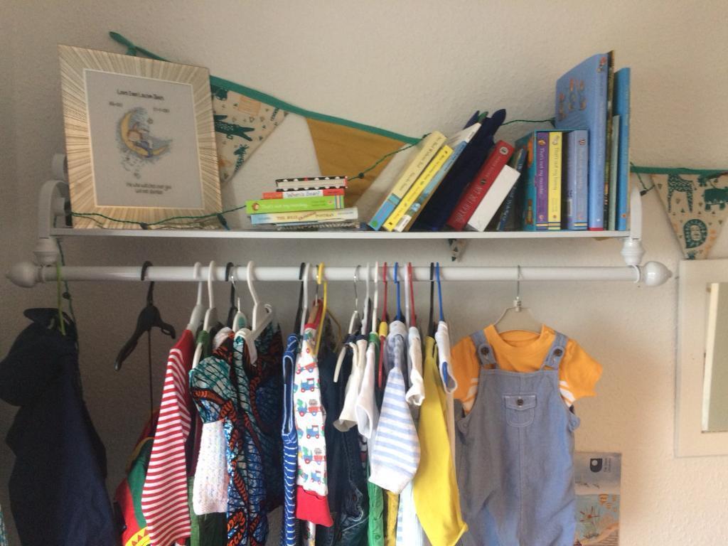 Modern Design Hanging Rack Clothing Storage Wall Mounted Rail Garment White