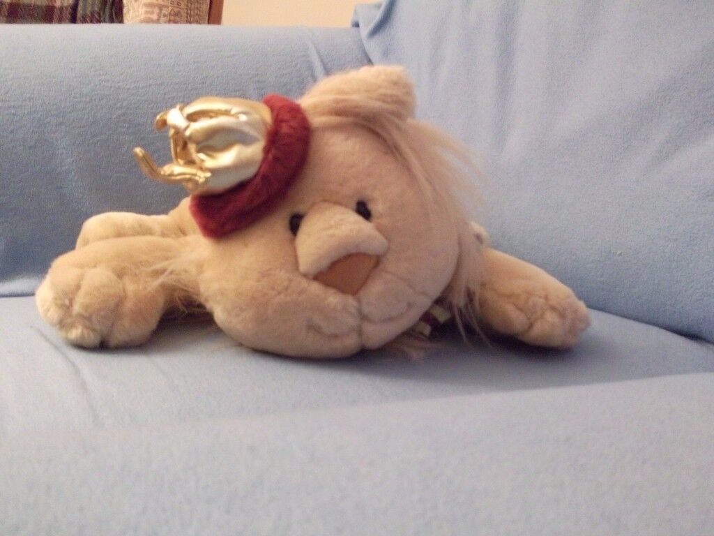Soft Christmas lion toy