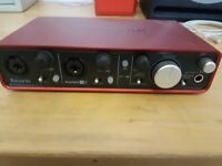 Focusrite Scarlett 2i2 (2nd Gen) 2 in / 2 out USB 2.0 Audio Interface