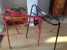 Saddle racks great condition
