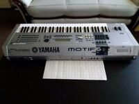 YAMAHA MOTIF 6 PROFESSIONAL WORKSTATION SYNTHESIZER