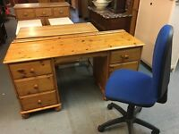 PINE OFFICE DESK / DRESSING TABLW WITH DRAWERS EITHER SIDE