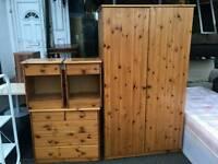 Pine wardrobe set