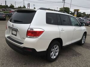 2012 Toyota Highlander V6 AWD 7 PASSENGER Kitchener / Waterloo Kitchener Area image 6