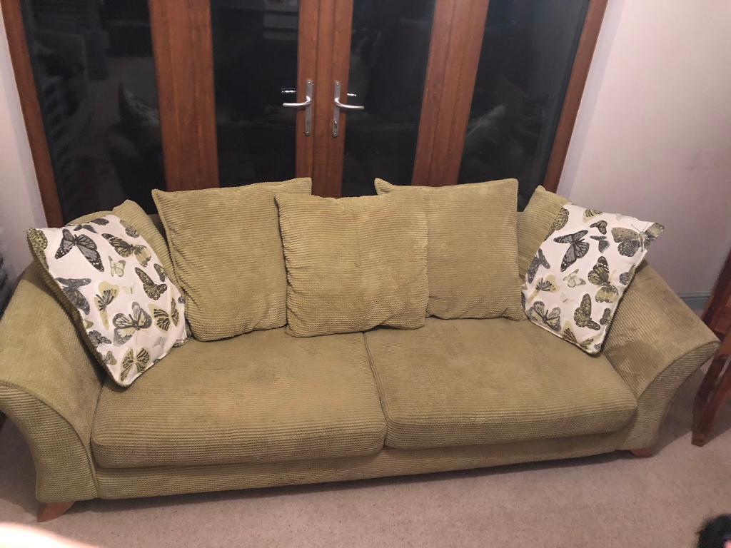 3 Setter Settee Amp Single Seat Swivel Armchair In