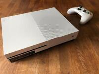 Xbox One S 500GB with The Evil Within 2
