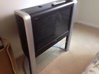 "32""Sony digital TV with stand"