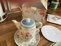 Cath Kidston Cranham Tea for One Integral Teapot/Cup