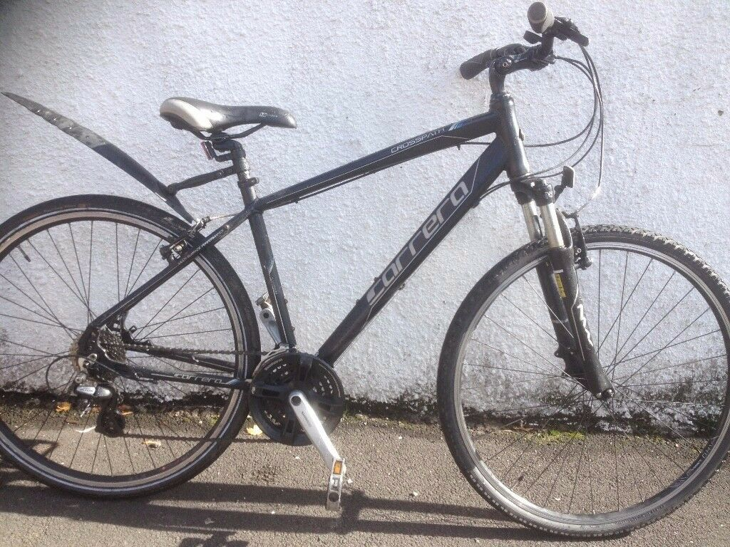 Carrera Crosspath. Unisex hybrid bike. Fully serviced, fully safe and ready to go.