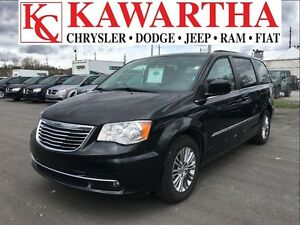 2016 Chrysler Town & Country TOURING L*BLUETOOTH**PRICE REDUCED*