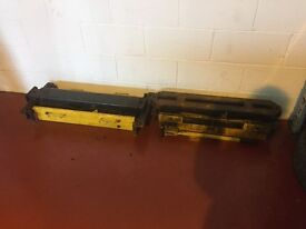 HYDRAULIC JACK FOR 4 POST LIFT 2 TYPES FOR SALE IN LOCHGELLY