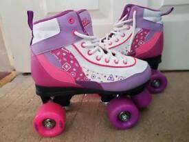 Size 2 rollerskates