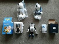 New York Yankees Memorabilia toys, beer mug and car puppet. New!