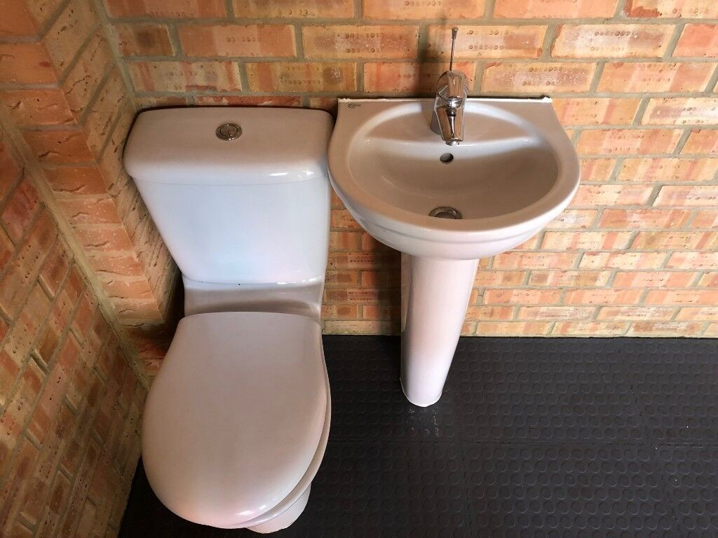 Ideal Standard Toilet : Ideal standard toilet sink like new in hatfield hertfordshire