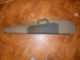 Gun carrying bag - immaculate condition - canvas carrying case - for shooting sport