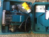 110v makita med router bps 0900 brand new boxed with instructions and access.