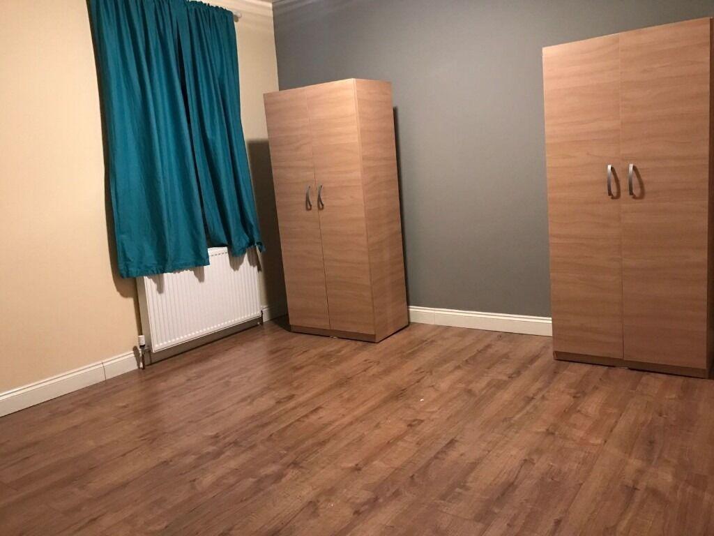 One bedroom First Floor flat- Seven king station-1200 inclusive bills