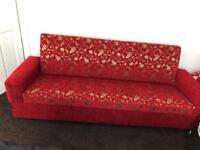 Settee's sofa