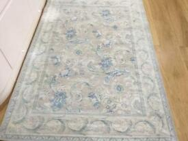 Laura Ashley rug pale background with duck egg blue in pristine condition collection LN44JS