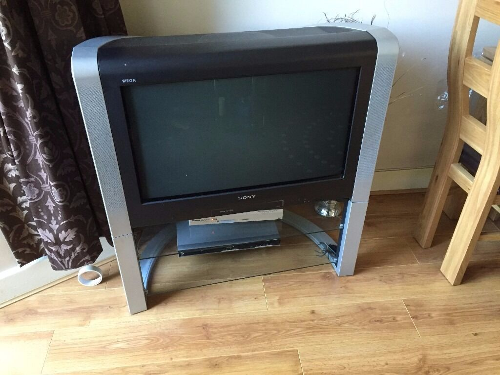 sony tv 30 inch. sony wega trinitron 30 inch wide screen tv with stand and remote tv