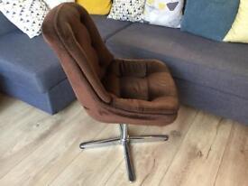 Retro Vintage 60s 70s swivel office chair