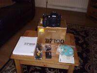 Nikon D 7100