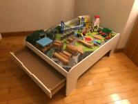 ELC Train & play table