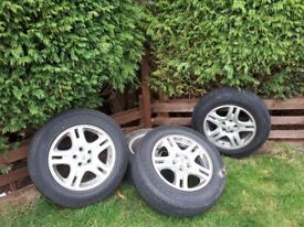 Landrover wheels 18 inch