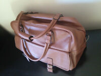 Brown faux leather unisex Tanners weekend bag