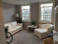 1 bedroom flat in St. Peters Street, London, N1 (1 bed) (#988229)