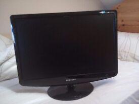 """Samsung SyncMaster SM2232BW 22"""" LCD Monitor"""