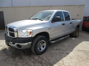 2008 Dodge Ram 1500 ST/SXT 4x4 Quad Cab 160.5 in. WB