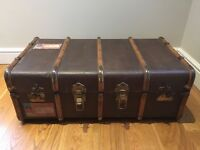 Vintage Antique Trunk Chest Travel Bedding Box Coffee Table