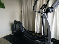 X1 Life Fitness Elliptical Cross Trainer - Go Console - Whisperstride Technology - £795