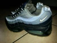Airmax 95 size 7 unwanted gift
