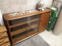 Solid wood sideboard forsale,excellent condition. OPEN TO OFFERS... !