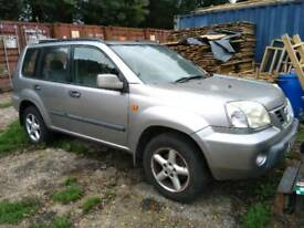 Nissan X trail breaking parts spares