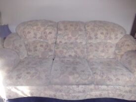 3 piece suite - 2 arm chairs and 3 seater settee