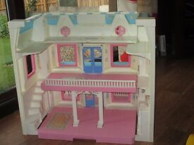 Fisher price dolls house, microwave oven, kettle, washing machine, shopping trolley