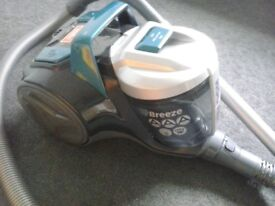 Hoover Vacuum Cleaner hardly used in good condition