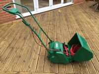 Qualcast Punch Classic 30 lawnmower