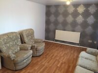 ****AMAZING KING SIZE/DOUBLE ROOMS TO LET****