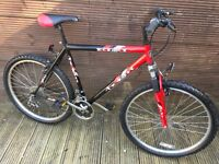 ADULT REACTOR MOUNTAIN BIKE WITH 20 INCH FRAME 18 GEARS