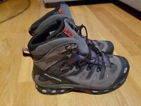 Salomon boots uk size 9